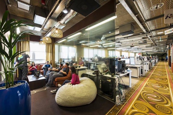a-google-meeting-room