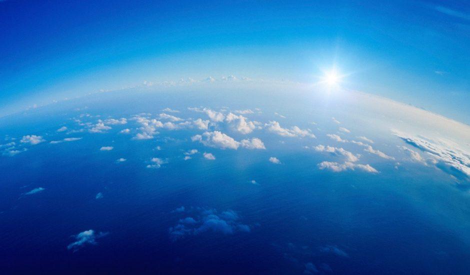 stratosphère nuages soleil