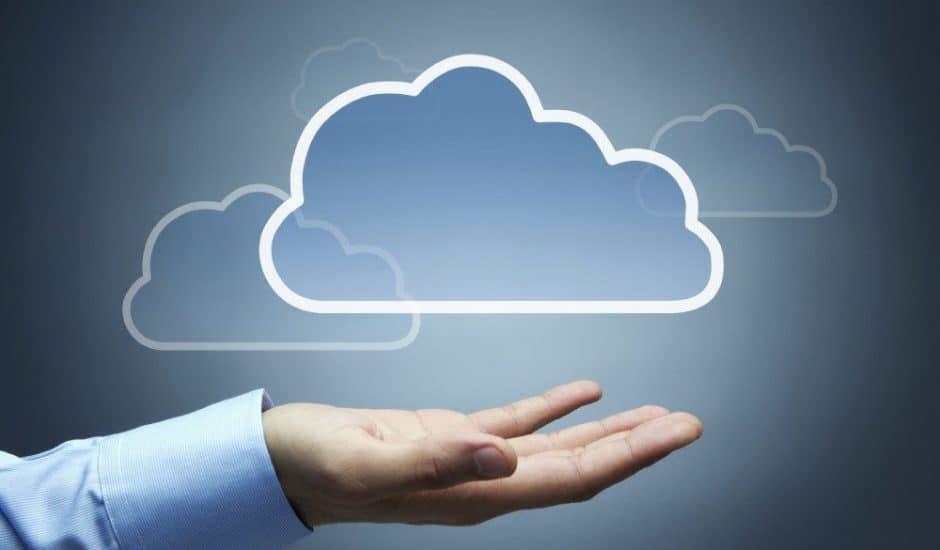 Un dessin nuage et une main paume ouverte