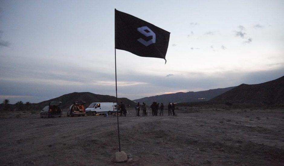 Le drapeau de 9GAG, une plateforme de partage de memes et de vidéos sur internet