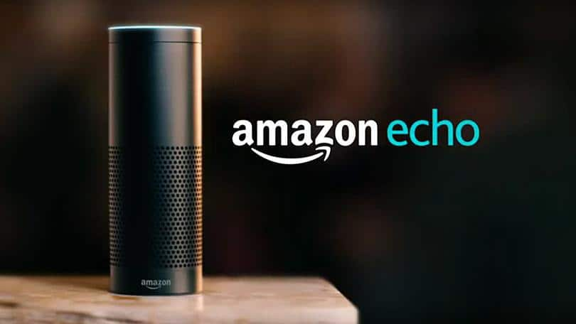Image de l'enceinte Amazon Echo disposant de l'assistant connecté Alexa. La popularité des enceintes Amazon a entraîné un crash à Noël