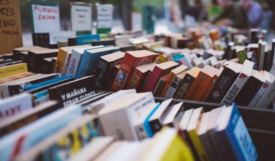 bibliothèque de livres compresses audio book