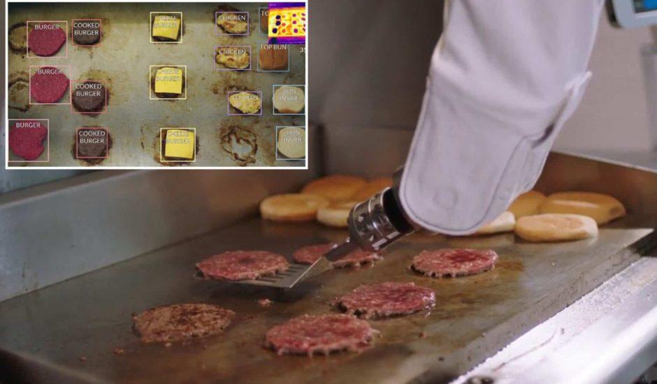 Le robot Flippy qui prépare des steaks en cuisine a pris une pause après avoir travaillé !