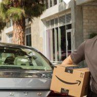amazon livre dans le coffre d'un voiture