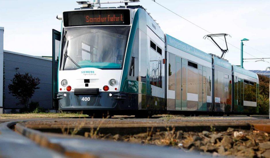 Le premier tramway autonome sur les rails à Potsdam en Allemagne