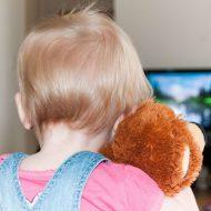 Pourquoi faut-il limiter le temps qu'un enfant passe devant un écran?