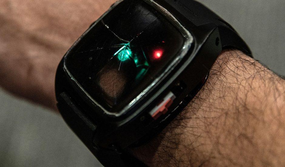 HopeBand, un bracelet portatif qui peut prévenir les overdoses. Un magnifique travail de l'Université de Carnegie Mellon