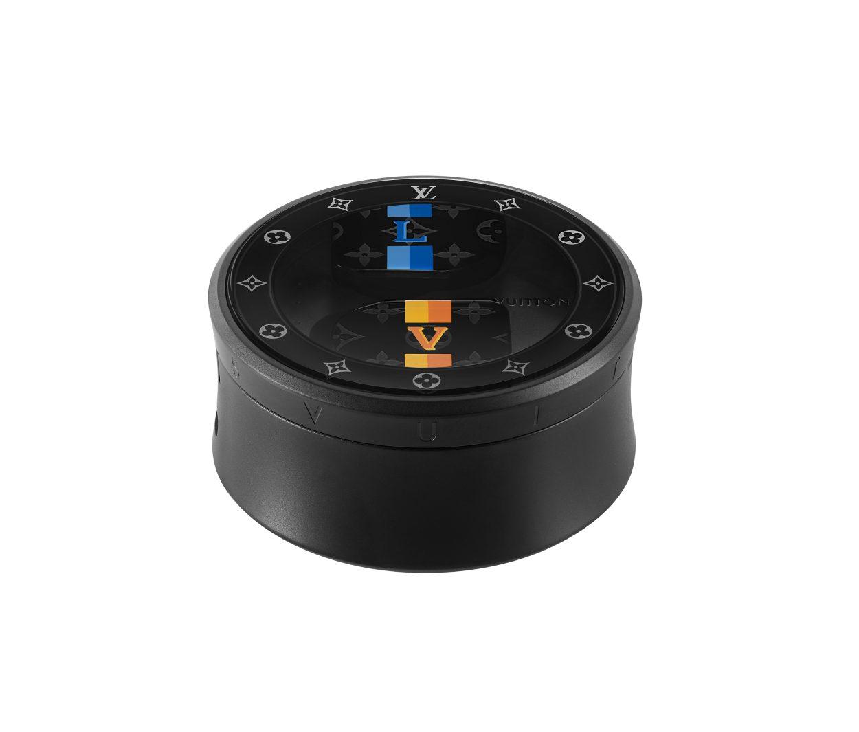 Louis Vuitton lance des écouteurs sans fil basés sur le modèle MW07 de Master & Dynamic
