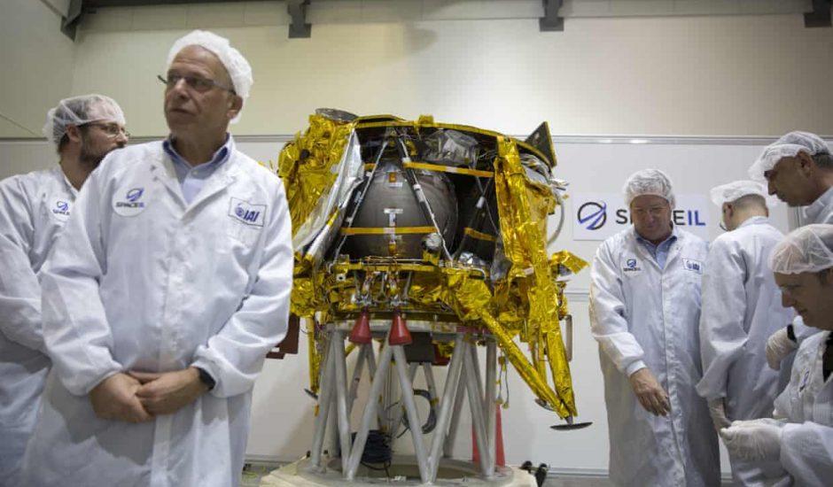 Des scientifiques israéliens envoient un robot sur la Lune.