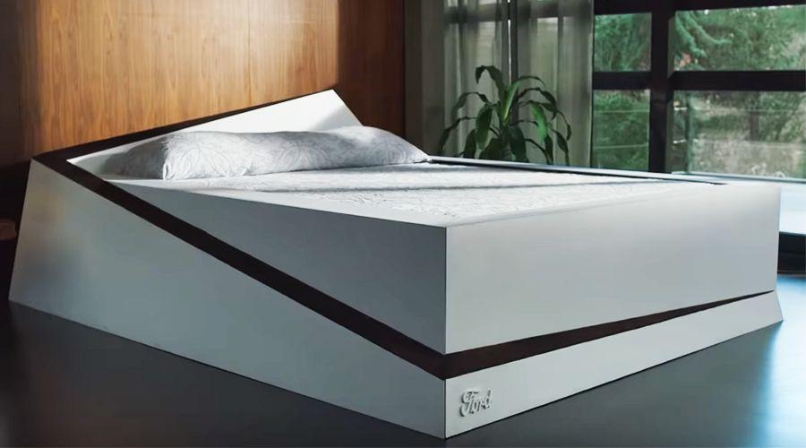 Ford crée un lit pour vous permettre de respirer malgré un conjoint étouffant