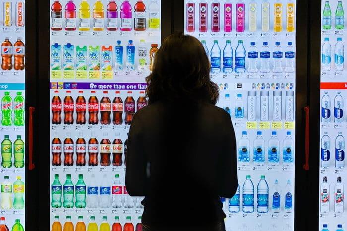 Walgreens - Des réfrigérateurs capables d'adapter leur comportement en fonction de l'utilisateur qui se trouve en face d'eux.