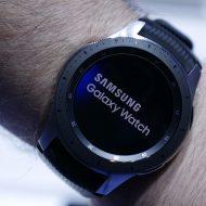 Swatch poursuit Samsung qui a publié des designs copiés illégalement dans Galaxy Apps