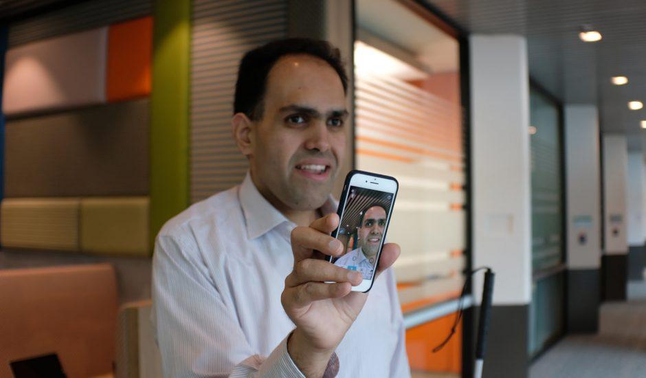 Seeing AI, l'application de Microsoft qui décrit les images aux aveugles et malvoyants