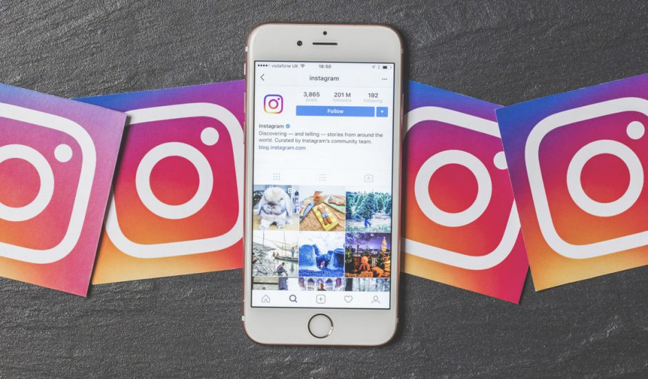 photo du logo instagram et d'un smartphone