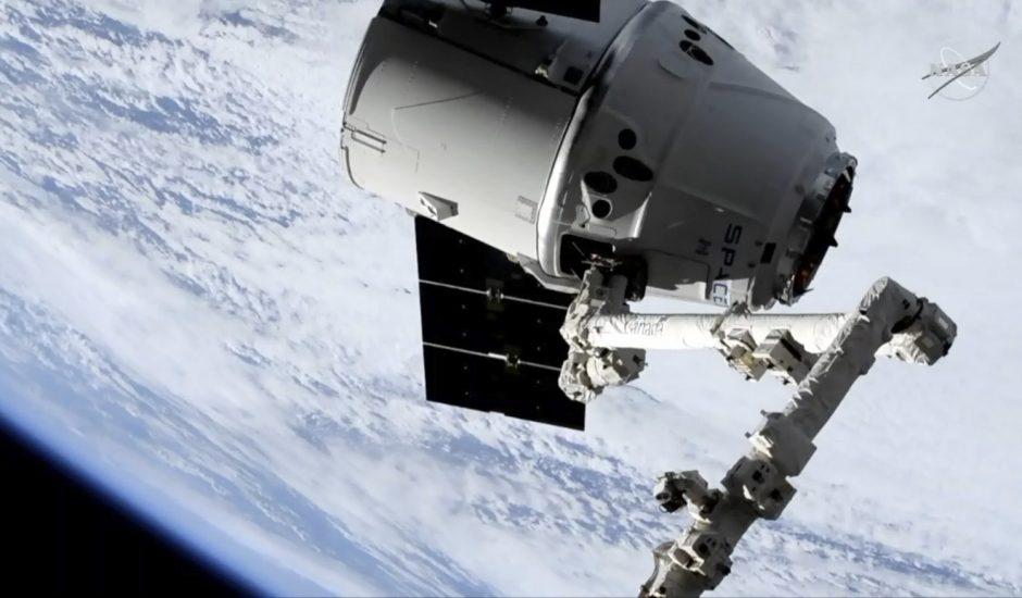 SpaceX livre l'ISS avec 2 500 kilos de marchandises.