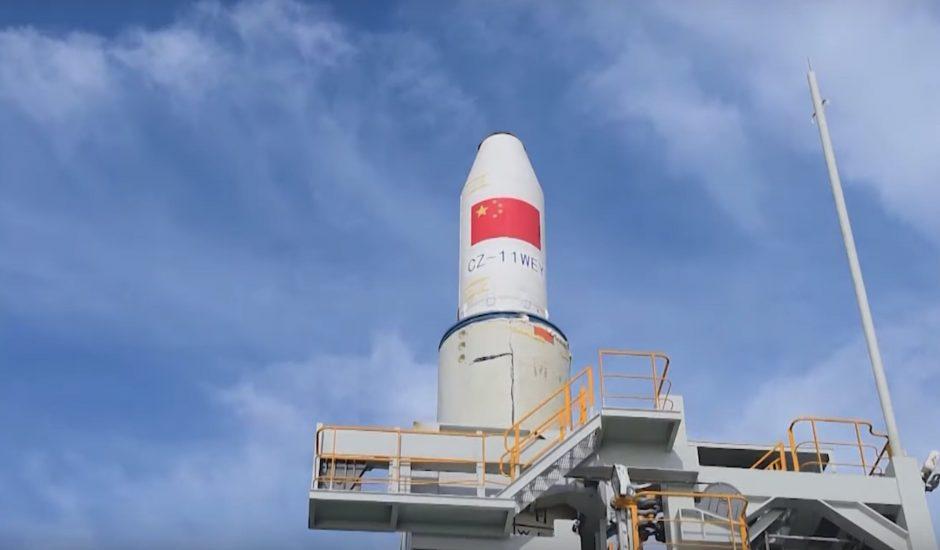 première fusée qui décolle dans l'eau pour la Chine