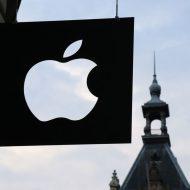 """A l'occasion de la conférence """"Black Hat"""", Apple devrait dévoiler son programme de """"Bug Bounty"""" avec des iPhones """"spéciaux""""."""