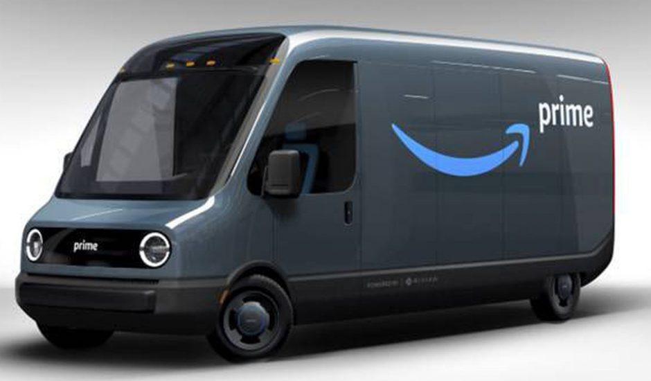 Amazon déploie 100 000 fourgonnettes électriques.