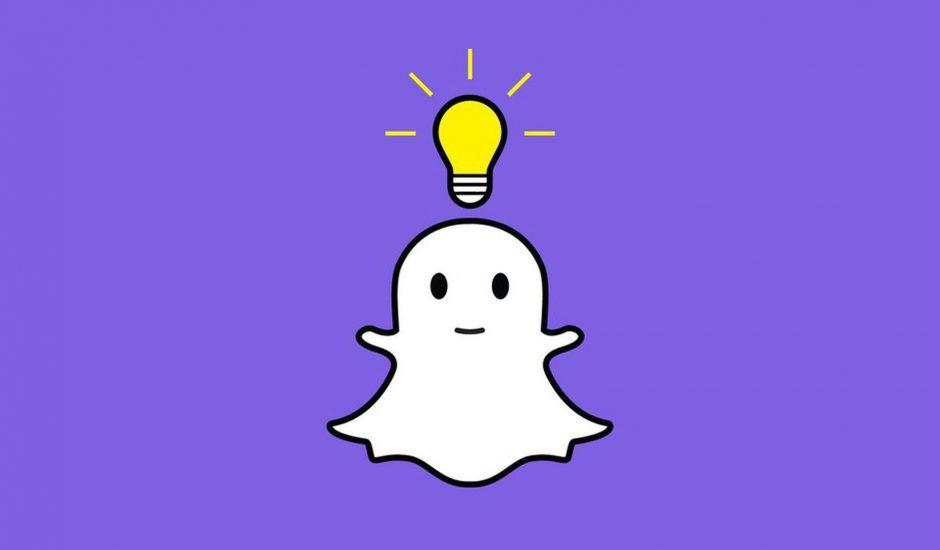 Logo de Snapchat avec une icône d'ampoule au dessus