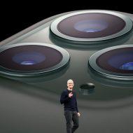 Tim Cook présentant l'iPhone 11 Pro