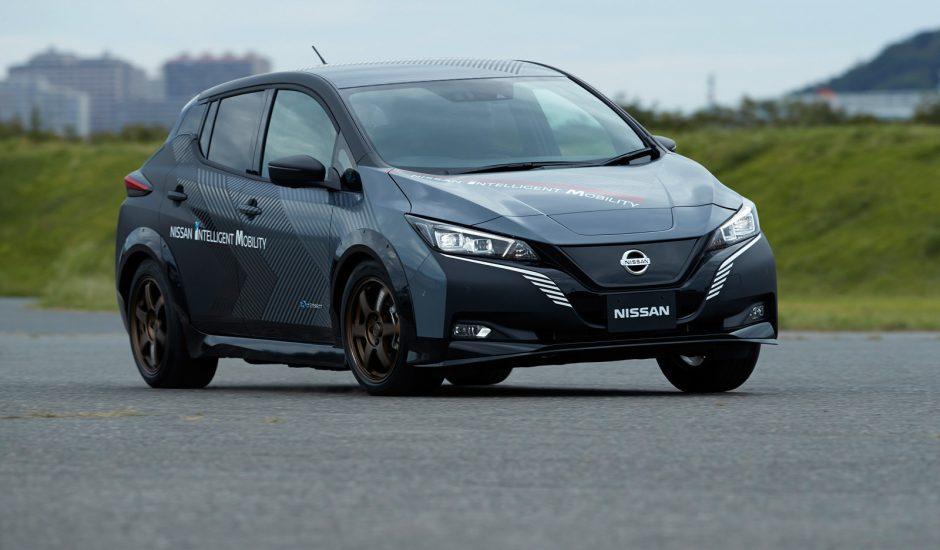 Nissan teste une double motorisation.