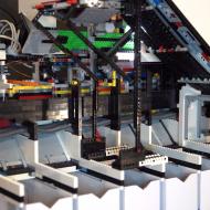 Une machine trieuse de Lego.