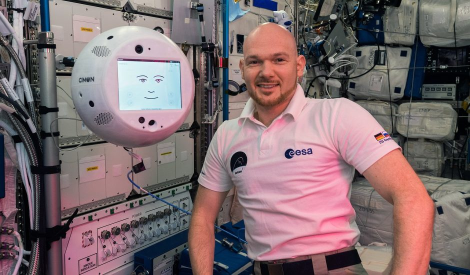 Le robot CIMON retourne dans l'ISS.