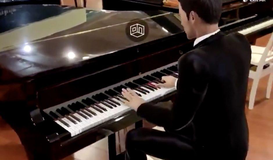 Un pianiste virtuelle joue sur votre piano.