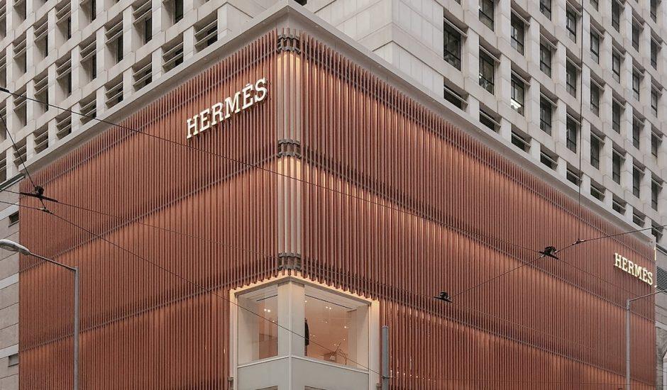 Hermès voit son chiffre d'affaires exploser au moment du déconfinement.