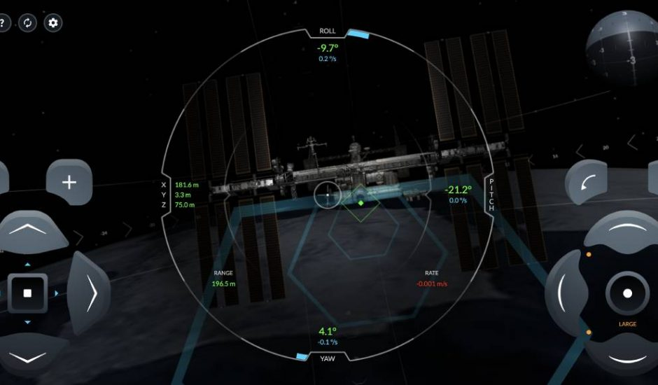 Capture d'écran du simulateur de SpaceX dans laquelle la capsule Crew Dragon tente de s'amarrer à l'ISS.