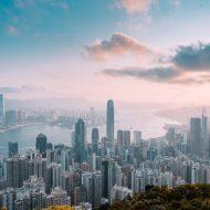 Une vue matinale de la ligne d'horizon de Hongkong depuis le sommet