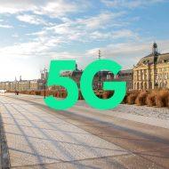 Photographie logo 5G + quais de Bordeaux.