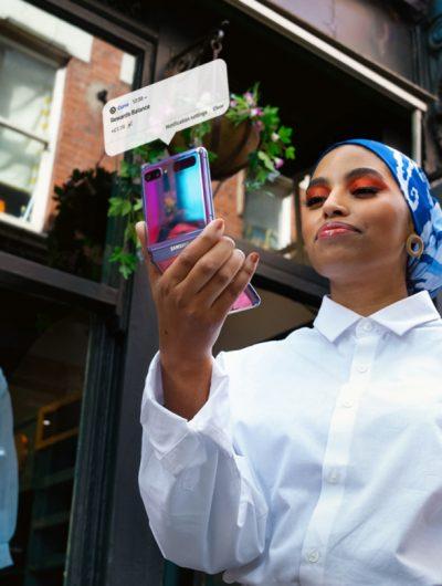Aperçu de la campagne publicitaire pour la Samsung Pay Card.