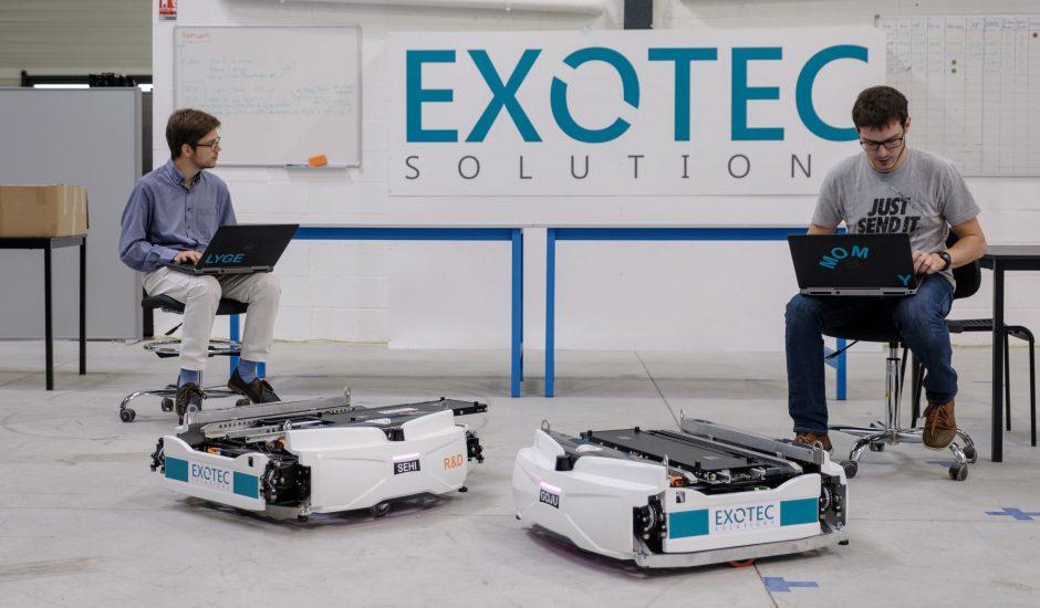 Des membres de l'équipe Exotec