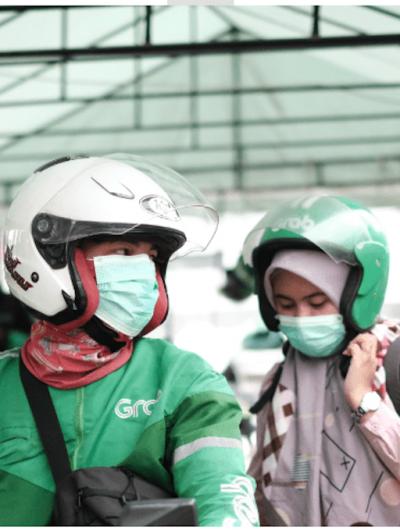 Un conducteur de scooter de la société Grab