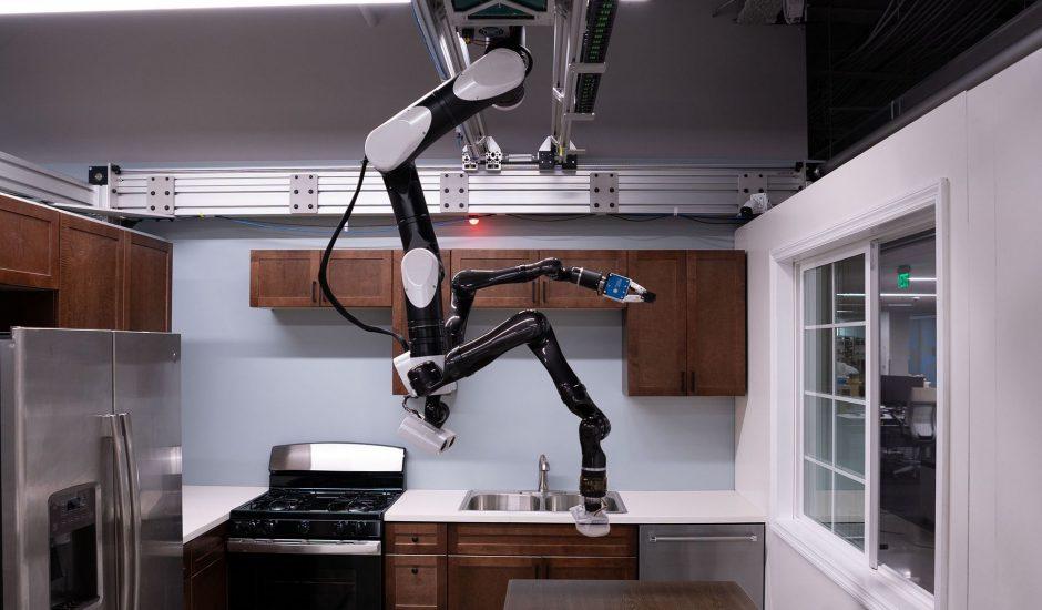 Aperçu du robot chauve-souris de Toyota.