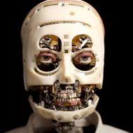 """Gros plan sur le robot """"Gaze"""" de Disney Research."""