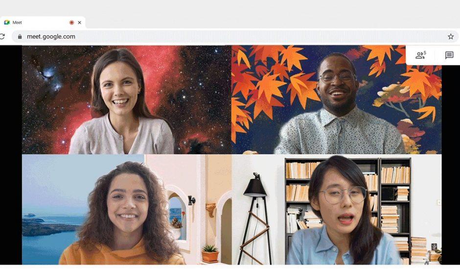 Quatre personnes discutant sur Google Meet avec un arrière-plan différent pour chacun.
