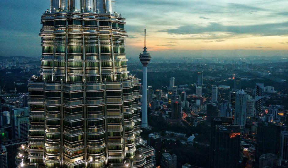 Les tours Petronas à Kuala Lumpur en Malaisie