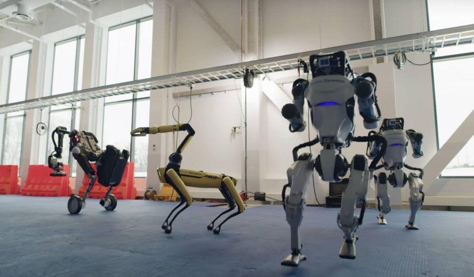 Les robots Spot, Handle et Atlas en train de danser.