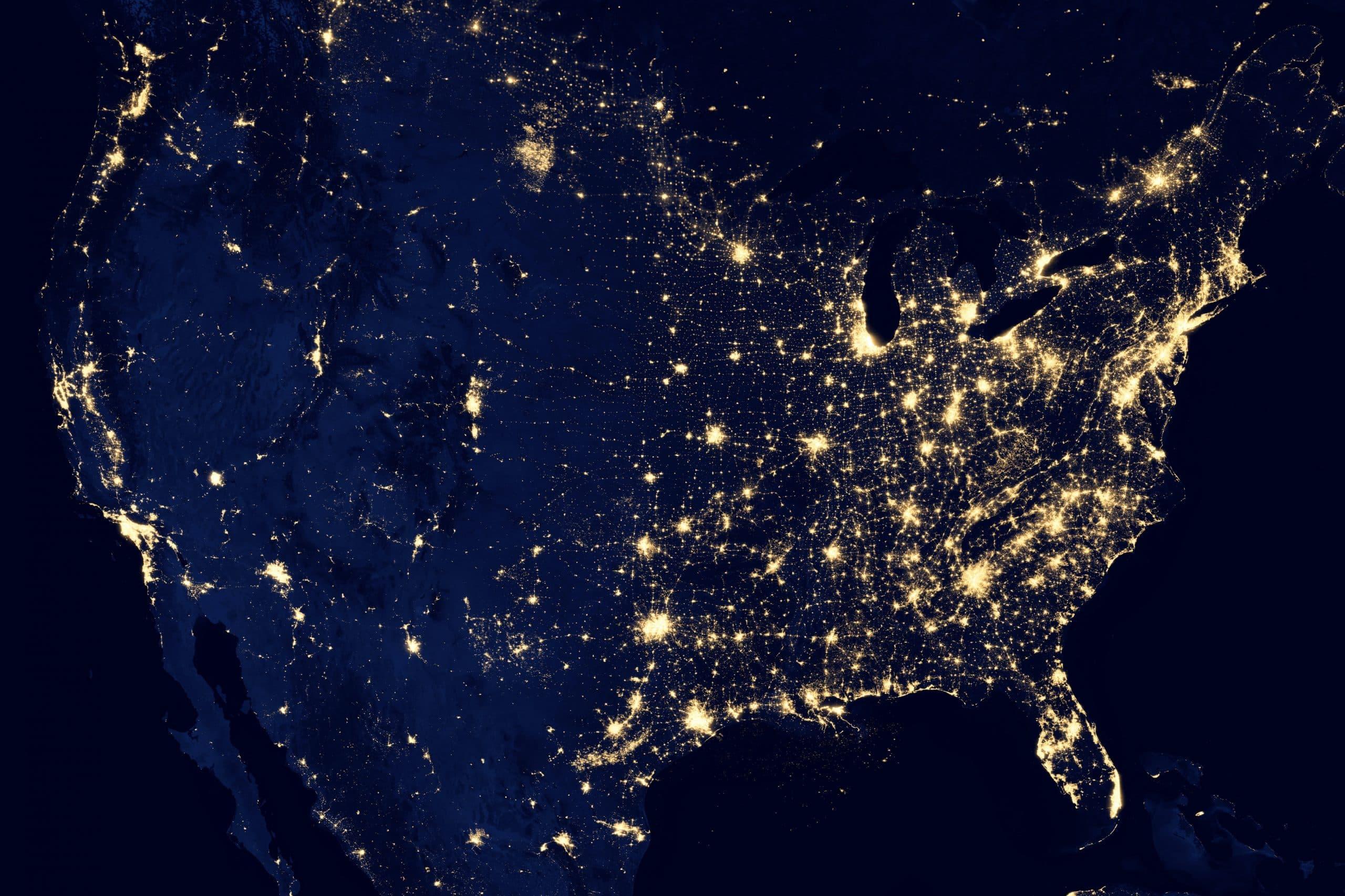 Les États-Unis vus depuis l'espace et de nuit