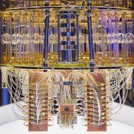 L'intérieur de l'ordinateur quantique d'IBM.