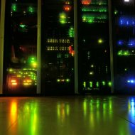 Des serveurs dans un datacenter.