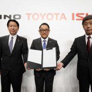 Les représentants des trois sociétés japonaises.