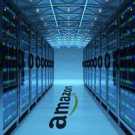 Une allée dans un datacenter Amazon Web Services