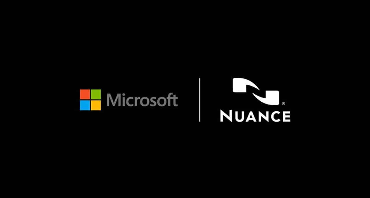 Les logos de Microsoft et de Nuance sur un fond noir.