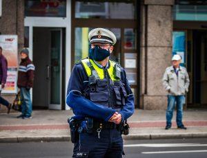 Aperçu d'un policier allemand.