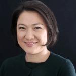 Photographie de Zhou Qunfei, la PDG de Lens Technology. Les femmes milliardaires chinoises en tête des classement mondiaux.