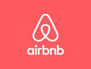 Airbnb voit son nombre de réservations explosé même si son chiffre d'affaires chute.