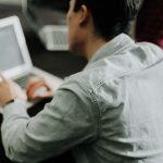 des collaborateurs sur leur plateformes d'engagement client